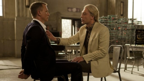 craig_and_bardem_in_skyfall_23294