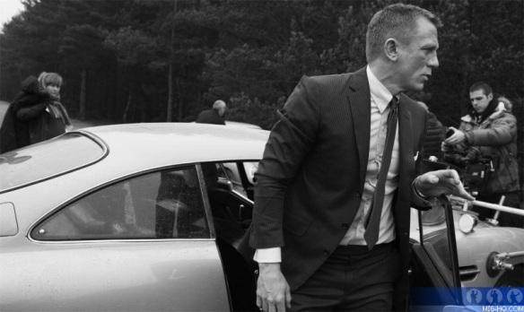 Daniel-Craig-James-Bond-Skyfall-2012-movie-007