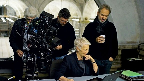 judi-dench-as-james-bond-s-superior-m-in-skyfall