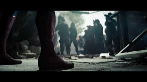 Man of Steel, foot and confrontation as he is revealed to the American army.
